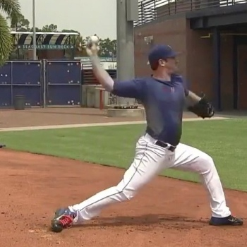 Matt Harvey's Pitching Mechanics - Frame 25